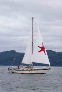 Sailing on the Columbia River with the drifter. Photo credit - Bill Kramer