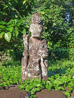 Tiki at a major site near Hatiheu