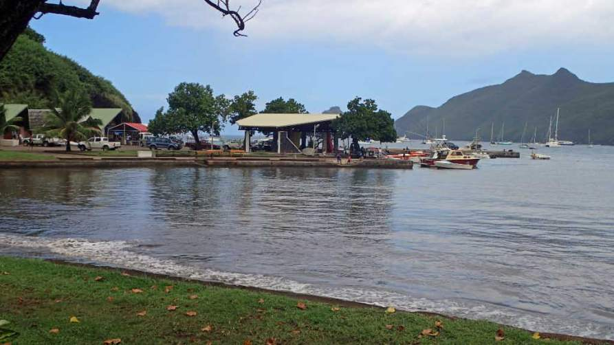 The small boat landing and hub of Baie Taiohae.